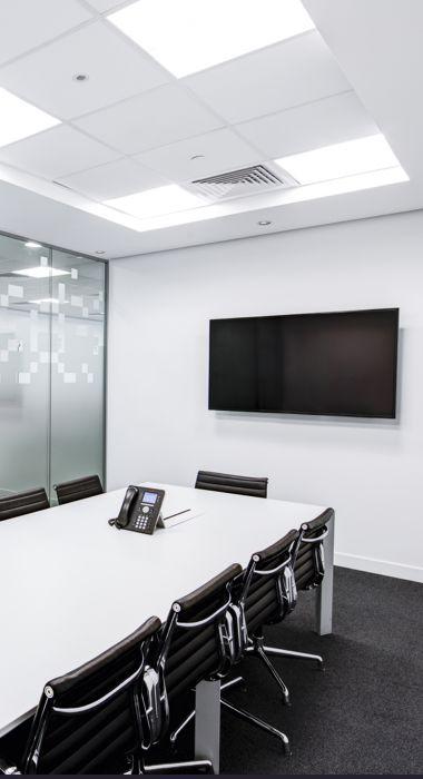 Widok na biuro firmy, sala szkoleniowa