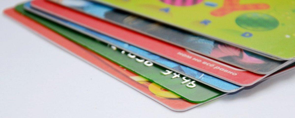 Karty plastikowe, karty kredytowe , karty członkowskie